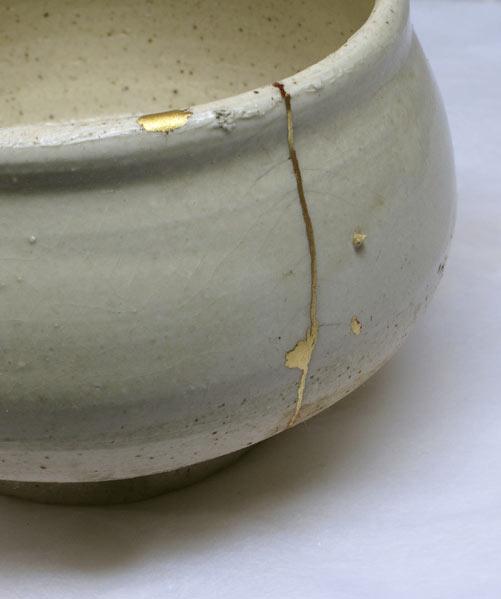 Kintsugi Urushi Gold Lacquer Repair Restoration